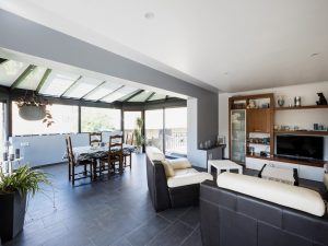 veranda-piece-a-vivre-toit-vitre